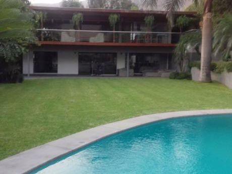 La Molina - Hermosa Casa Con Piscina Y Con Vista Directa A La Laguna