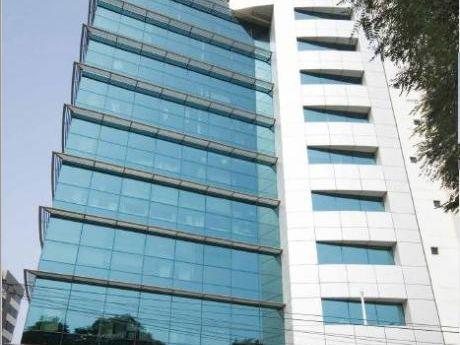 Oficina Corporativa En Alquiler Miraflores Ao: 102 M2