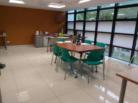 Alquilo Oficinas Implementadas En Edificio Corporativo De Miraflores