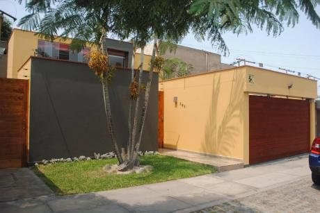 Vendo Casa Remodelada 300 M2 4 Dorm. Urb. Higuereta - Surco