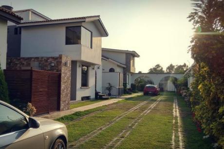 Espectacular Casa En Condominio - La Molina $495,000