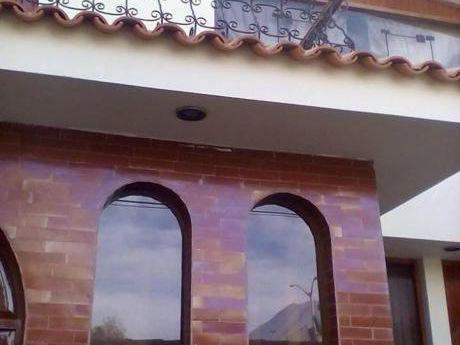 Alquilo Excelente Casa Ideal Empresas En Cayma