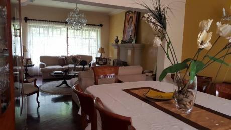 Venta De Linda Casa En Miraflores - Urb. San Antonio