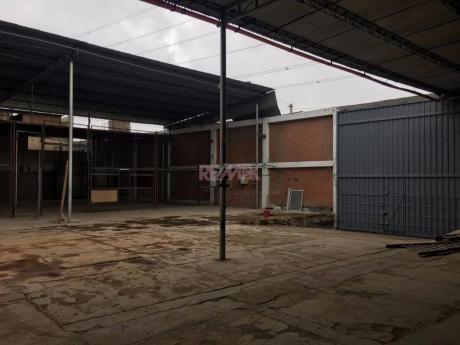 (id 58203) Alquiler De Local Industrial En Villa El Salvador