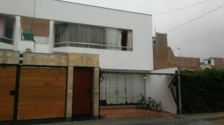 (id 55550) Se Vende Hermosa Casa En Zona Segura De Chorrillos