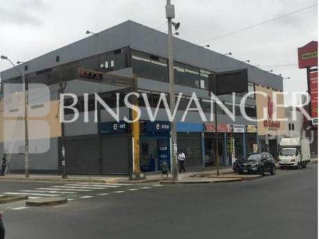 Venta De Local Comercial De 830 M2 En Av óscar Benavides - Cercado De Lima