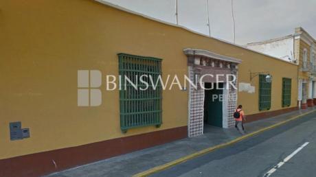 Venta De Inmueble Comercial De 2,108 M2 En Jr. Independencia - Trujillo