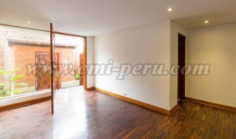 Casa En Alquiler Cerca De Av Pezet Y El Golf De San Isidro