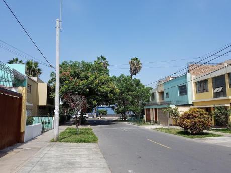 Acogedora Casa Barranquina /5 Dorm./a. T. 184 M2 A. C. 219 M2