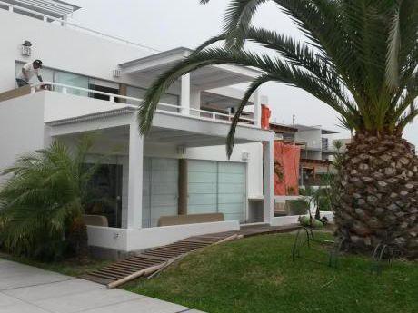 Casa De Playa Ubicada En Costa Del Sol (costado Playa Bonita)