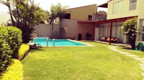 Hermosa Casa Remodelada En Venta - Vista A Las Lagunas / La Chalana