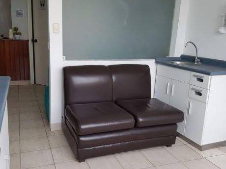 Alquiler Consultorio 9 M2 En Zona Comercial De Jesús María