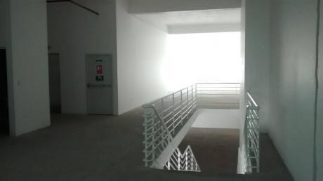 Venta Local Comercial, Edificio Vitra - Surco Id 38064