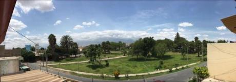 Vendo Linda Casa Frente A Parque En Urbanizacion San Isidro - Ica