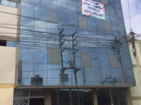 ¡oportunidad! Edificio Para Oficinas O Local Comercial En Trujillo
