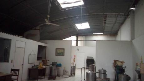 Local En Venta Chacra Rios Lima
