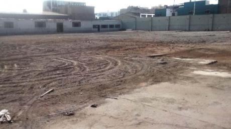Terreno Comercial En Cercado De Lima
