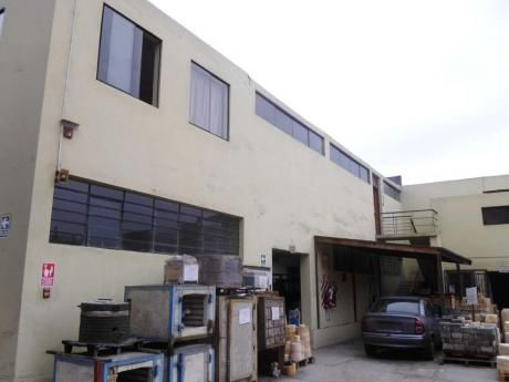 Lima Cercado Local Industrial / Comercial