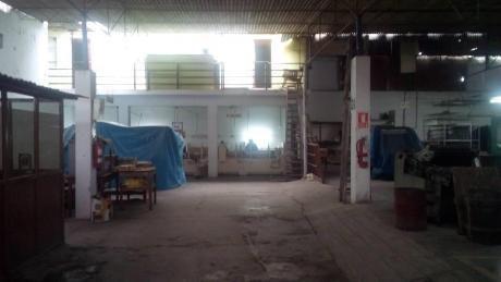 Cercado De Lima Local Industrial En Venta En Esquina