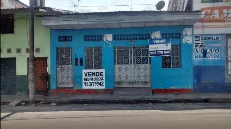 Venta De Casa/local Comercial En Iquitos