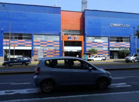 Re/max Vende Local Frente A Real Plaza Centro Cívico