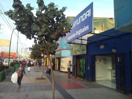 Venta De Local Comercial En Excelente Zona De Surquillo