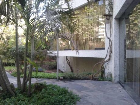 Vendo Casa Como Terreno Av Circunvalación Golf Los Incas, Surco Frente Golf