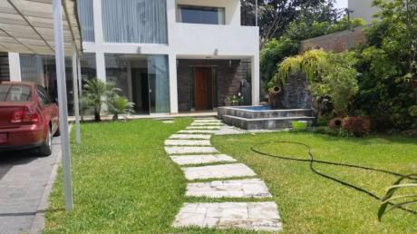 Vendo Hermosa Casa Calle Acapulco, Sol De La Molina, La Molina Paralelo Planicie