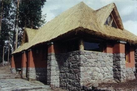 Casa De Campo + Terreno 1000 M2 Yanque Valle Colca