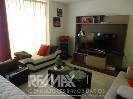 Dpto Amoblado De 03 Habitaciones Con Cochera En Edificio Con Ascensor, Cayma.