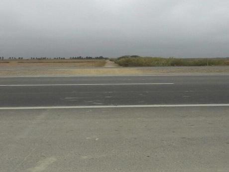 Excelente Terreno En Venta En Chincha Baja, Vista Al Mar, Para Comercio, Grifo