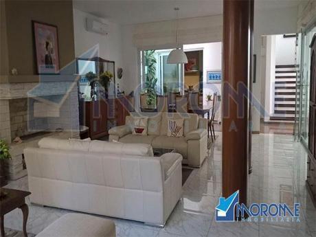 Las Delicias: Espectacular Casa Con Piscina Vista Al Mar.