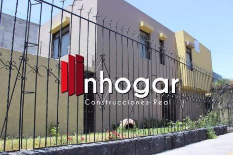 Vendo Casa Cerca A Hospital Goyeneche Zona Comercial / Oficinas - Arequipa