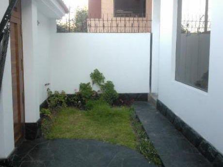 Alquilo Amplia Casa Para Oficinas, Empresa En Yanahuara