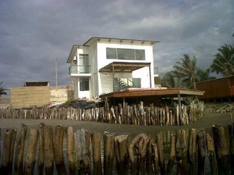 Alquiler Bonita Casa En Colán - Piura
