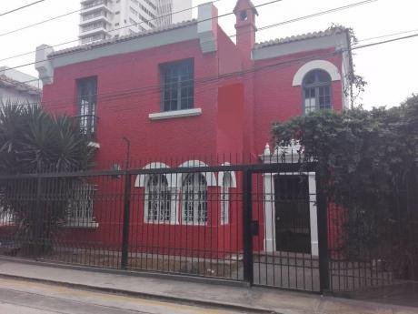 Se Alquila Casa Para Oficinas A Puerta Cerrada, 600 M2, 5700 Usd