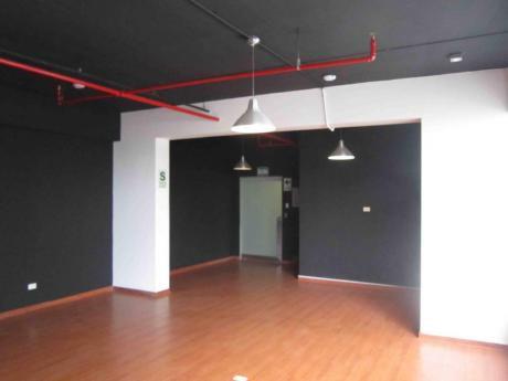 Alquilo Oficina Implementada En Miraflores Con Licencia