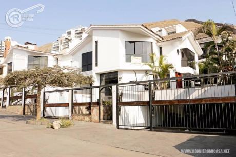 Hermosa Casa En Condominio En Venta En Valle Hermoso, Santiago De Surco