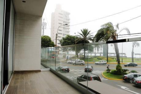 Flat De Lujo Frente A Larcomar, Miraflores. No Alcabala!