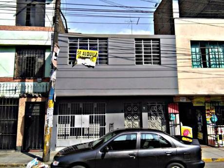 Se Alquila Amplio Local Comercial En Próceres De La Independencia!