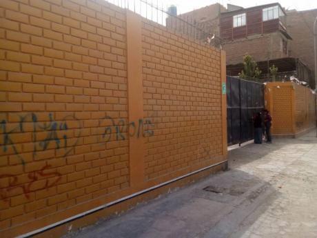 Alquilo Terreno El Agustino