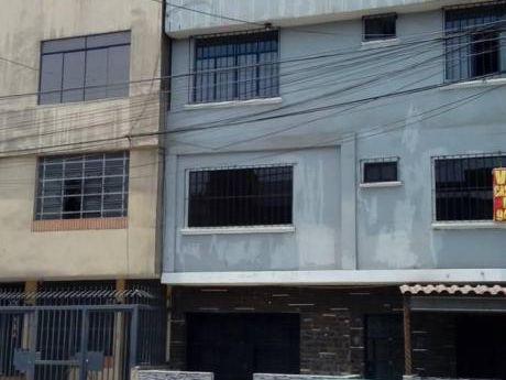 Gran Ocacion De Venta De Casa 4 Pisos En Chimu Zarate Sjl