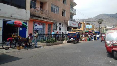 Se Alquila Local Comercial En Las Flores, Sjl!