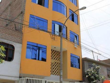 Venta Casa De 5 Pisos En San Hilarion Sjl A Solo $dolares A Negociar