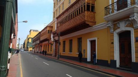 Se Venden Acciones De Edificio En Cercado De Lima