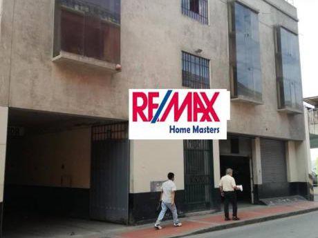 Se Vende Terreno En La Primera Cuadra De Azangaro En Centro Historico De Lima