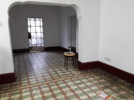Vendo Hermosa Casa, Segundo Piso Y Aires En Breña A Un Super Precio