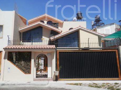 Casa Amoblada - Cayma