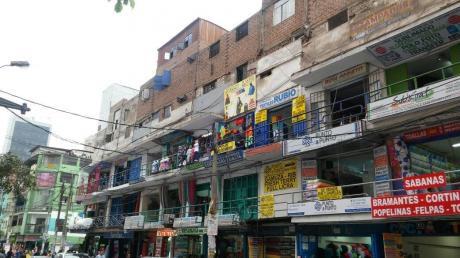 Excelente Local Comercial En Gamarra En Venta