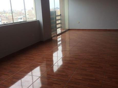 Duplex En Venta En 6º Piso Urb. Santa Maria - Trujillo